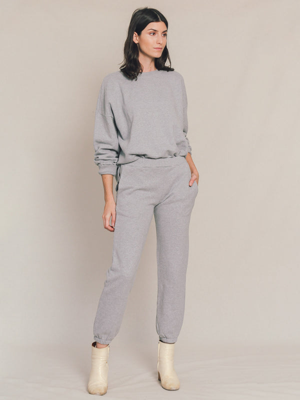 Studio Sweatpant in Heather Grey