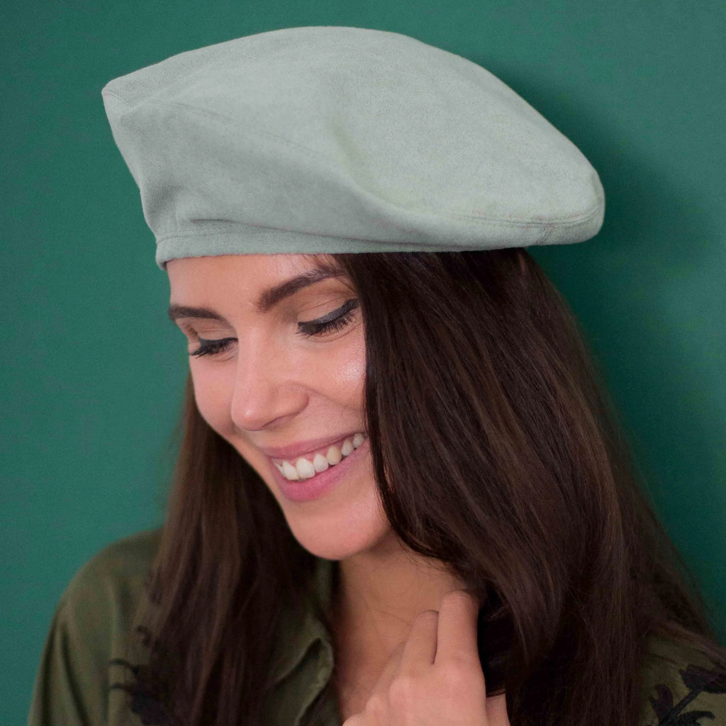 Dirty green vegan suede beret