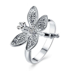 Dragonfly Lover's Vintage Silver Ring - Green Earth Animals