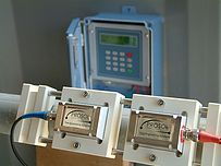 Ultrasonic Clamp-on Flowmeter Rental (incl 4-20mA datalogger)