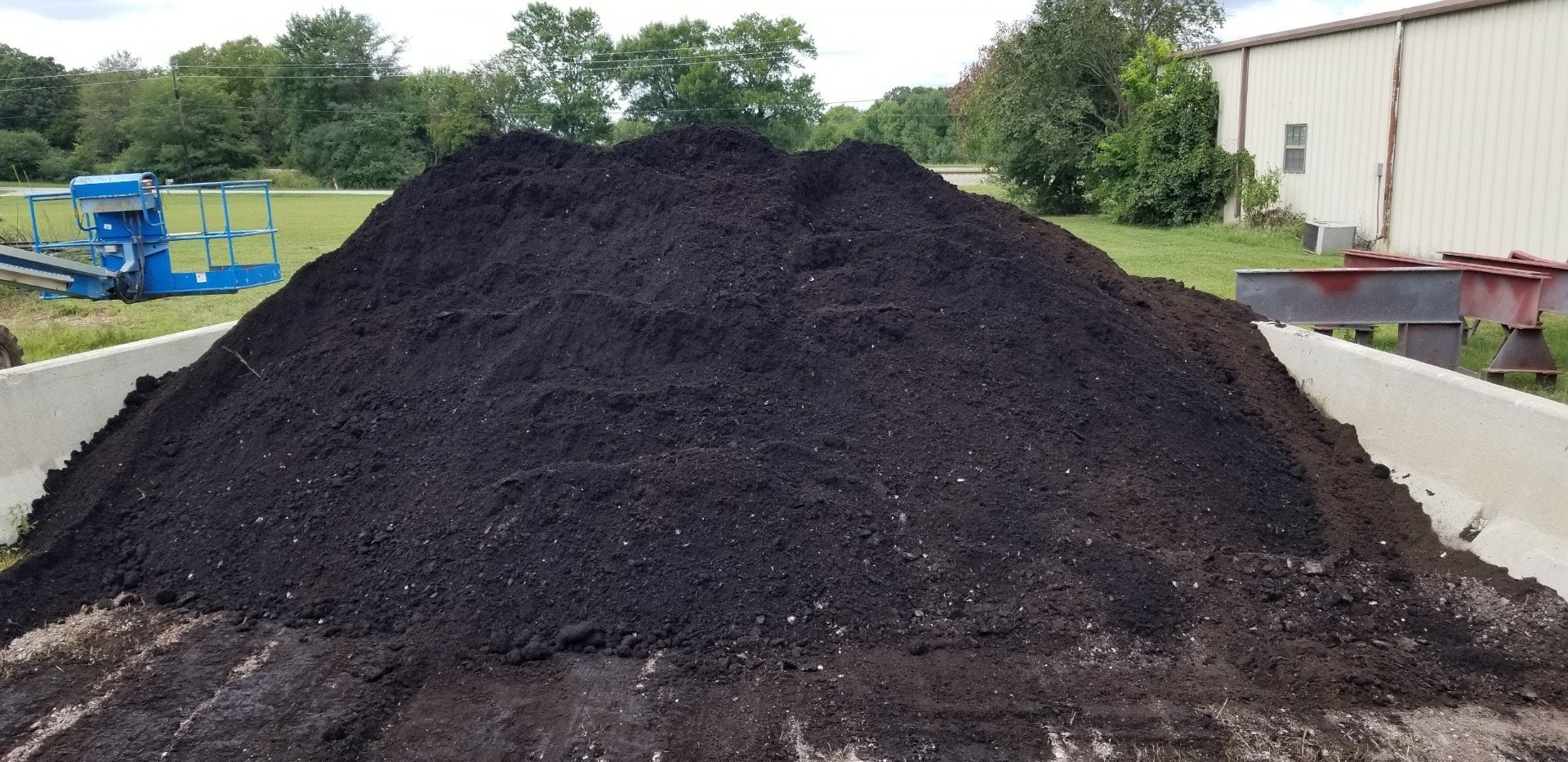 1/2 Yard Scoop - Food Waste Compost - Residential Rate