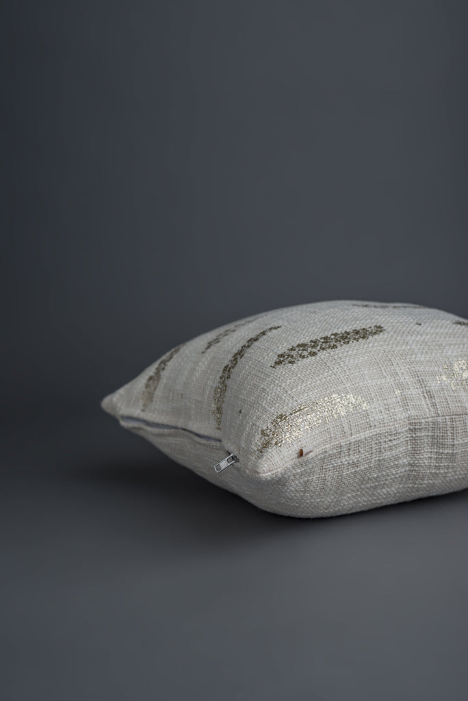 Vigne Cushion Almond White