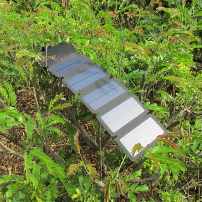 Folding Solar Phone Charger - Urban Emergency Survival Kits