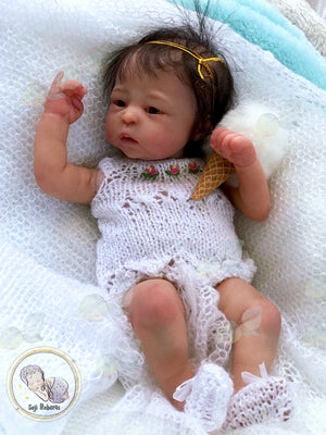 Lilly Loo by marita winters Reborn baby, micro preemie baby, preemie reborn baby doll, premature reborn baby doll, reborn, reborn baby girl, christmas gifts