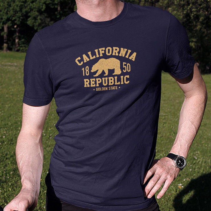California Republic Golden State Short-Sleeve Unisex T-Shirt