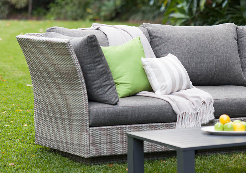 Arden Wicker Lounge Modular Setting