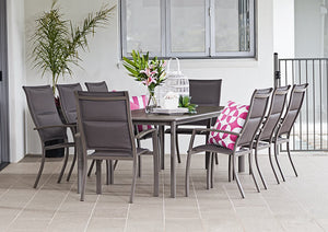 Chicago Dining Table - Cozy Indoor Outdoor Furniture