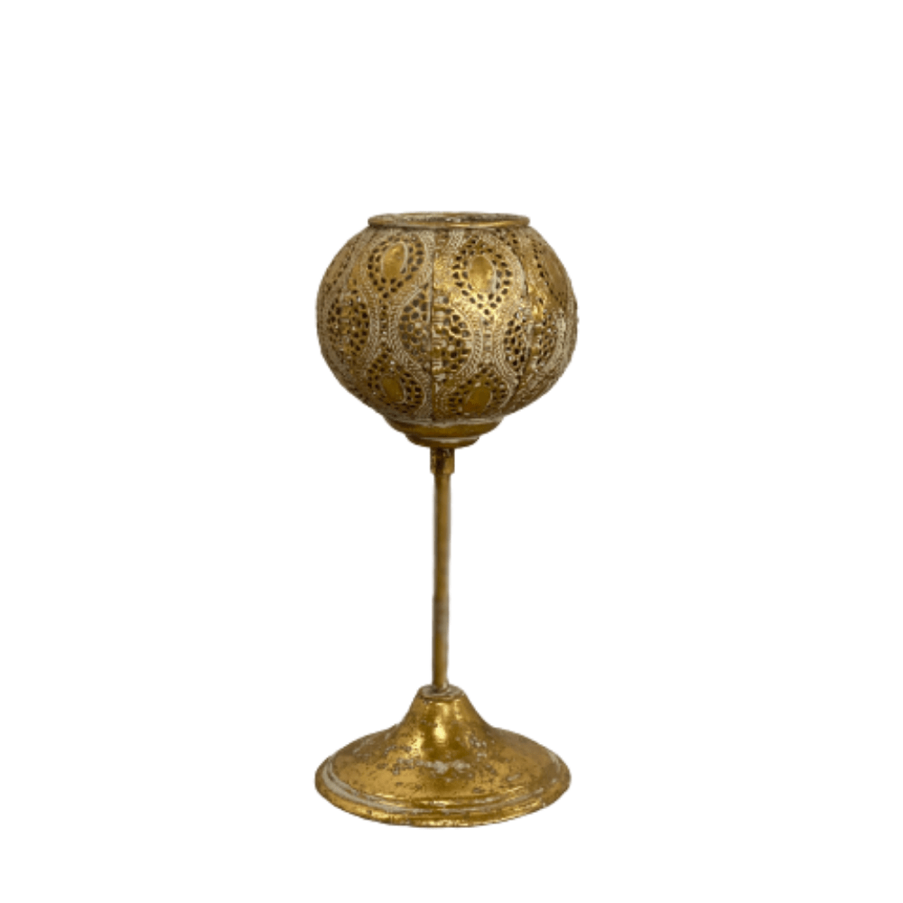 cozy-furniture-home-decor-gold-metal-lantern-wine-cup-design