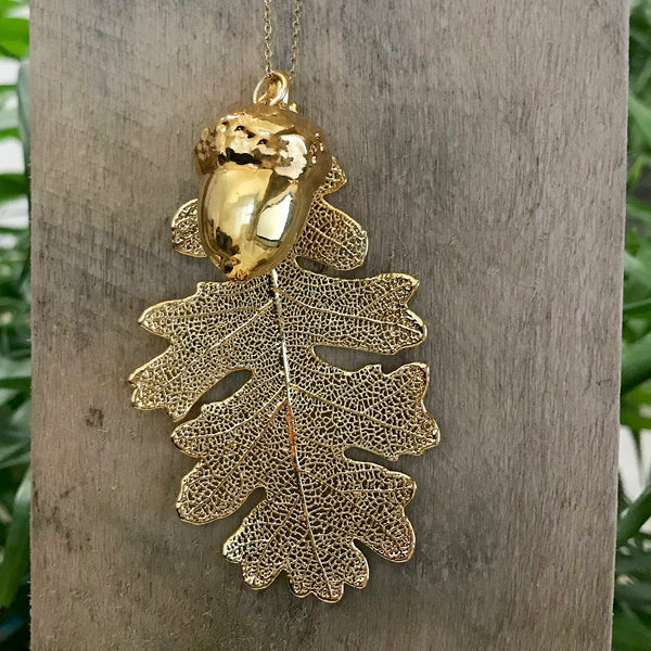 Acorn and Oak Gold Plate Leaf Duo
