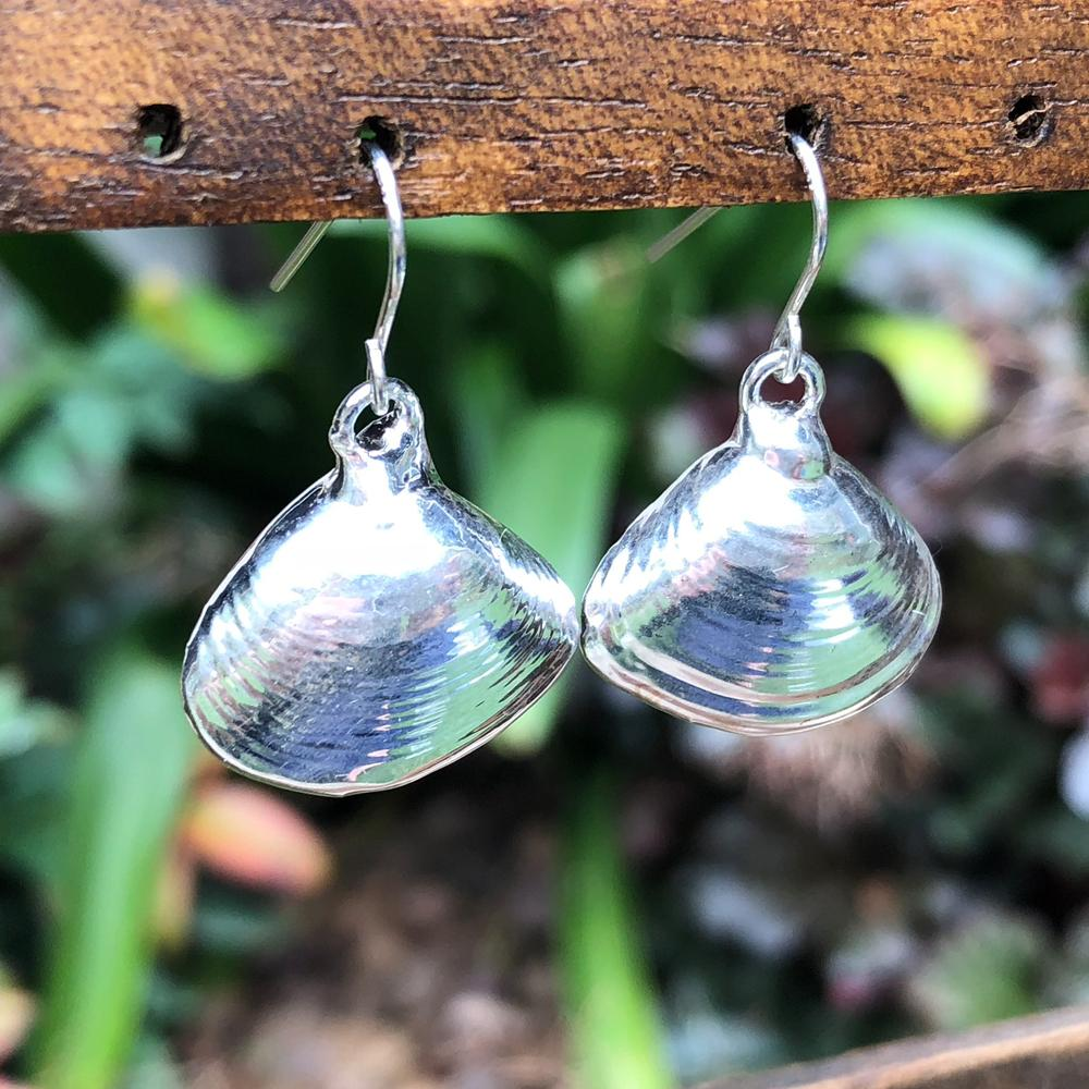 Sterling silver plate rose petal seashell drop earrings