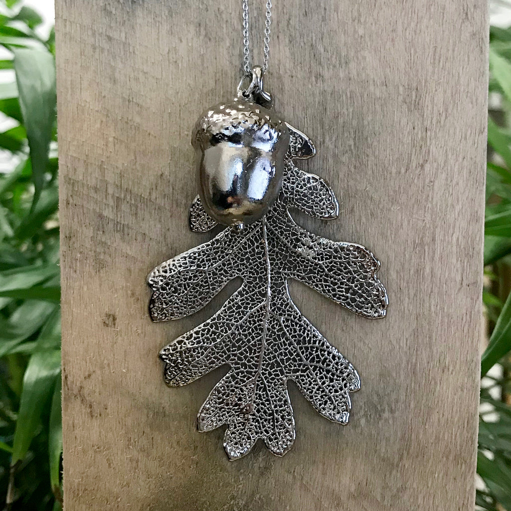 Acorn and Oak Platinum Leaf Duo