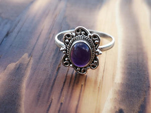 Silver ring- maxima - amethyst stone l jewelry Tantilly