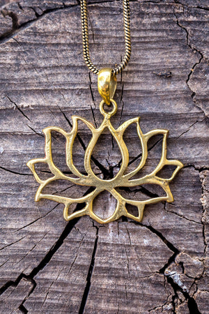 The lotus flower - Gold Brass Necklace jewelry Tantilly