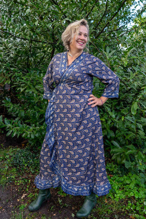 Royal maxi dress made by Tantilly - star paisley Every day dress Tantilly