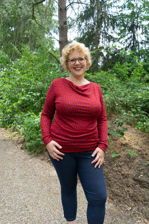 Priscilla Warm Sweater - Red Flower shirt Tantilly