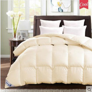 Open image in slideshow, 100% White Down Quilt Duvet - Paruse