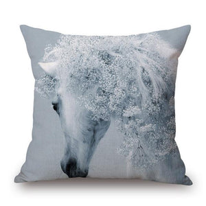Open image in slideshow, Horse Pillow Cases - Paruse