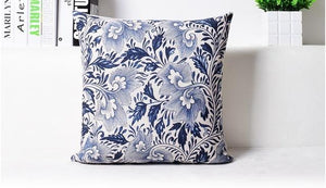 Open image in slideshow, Classical Chinese Blue  and White Decorative Pillow Cover - Paruse