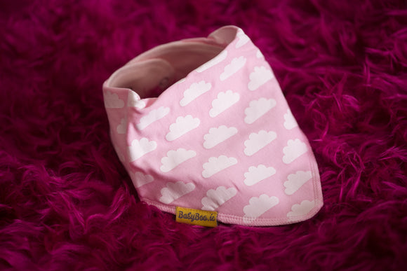 UP IN THE PINK CLOUDS ORGANIC COTTON DRIBBLEBOO BANDANA BIB