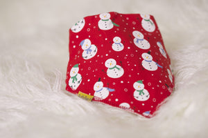 RED SNOWMEN EVERYWHERE ORGANIC COTTON BANDANA BIB