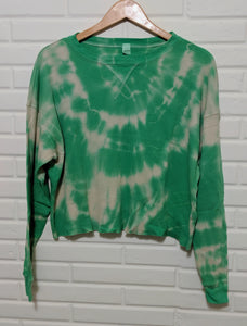 Green tye dye crop