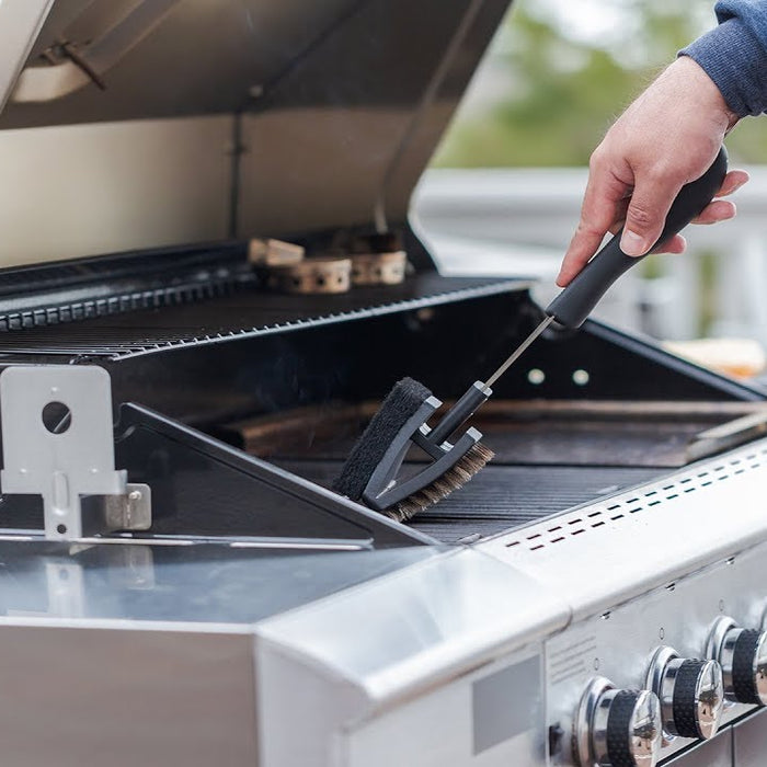 Top Tips For Cleaning Your Grill