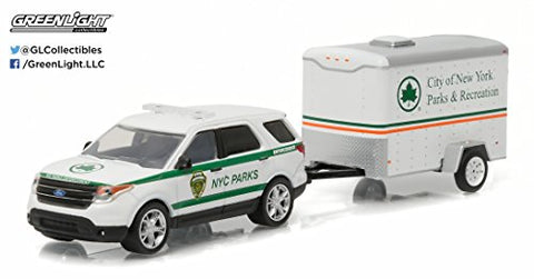 GREENLIGHT 1:64 HITCH TOW SERIES 7 - 2015 FORD EXPLORER NY CITY PARKS & RECREATION TRAILER