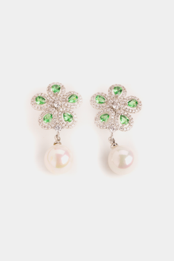Emerald Flowers with Shell Pearls
