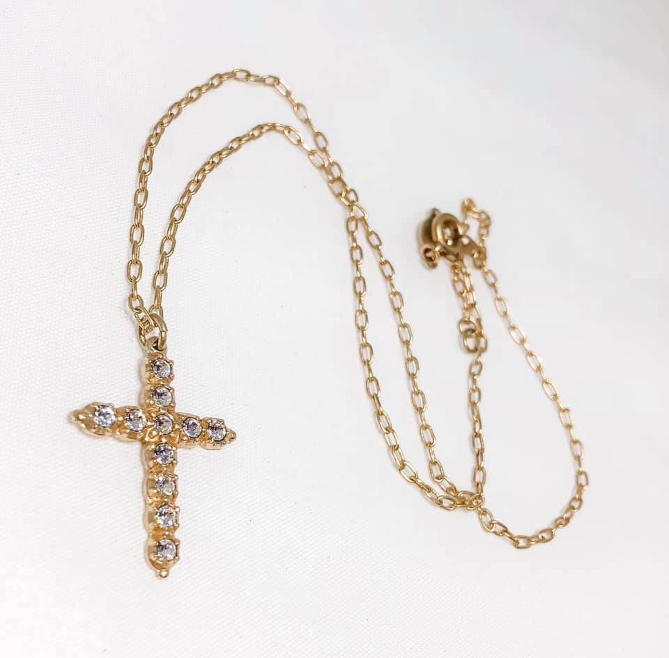 Croix de Cristal Necklace