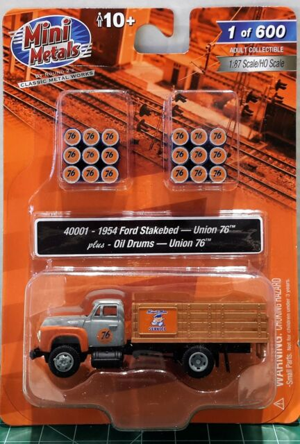 Classic Metal Works HO Scale 1954 Ford Stakebed Truck