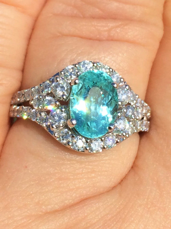 18K GOLD 3.88 CT. GIA CERTIFIED NEON BLUE PARAIBA TOURMALINE DIAMOND RING