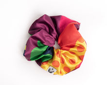 Load image into Gallery viewer, Art Dec-Oh! Giant Scrunchie