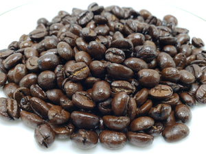 We offer delicious coffees from around the world and for every taste, in roasts from dark to light.