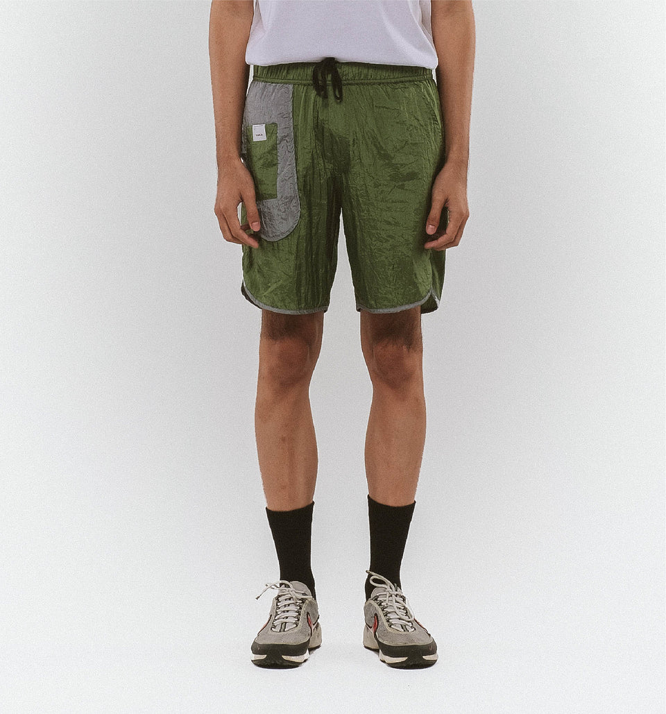 BUGGY NYLON SHORT OLIVE