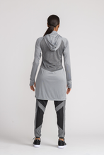 Load image into Gallery viewer, Performance Tech Top - Grey - sportswear tops - Dignitii Activewear - Third Culture Boutique