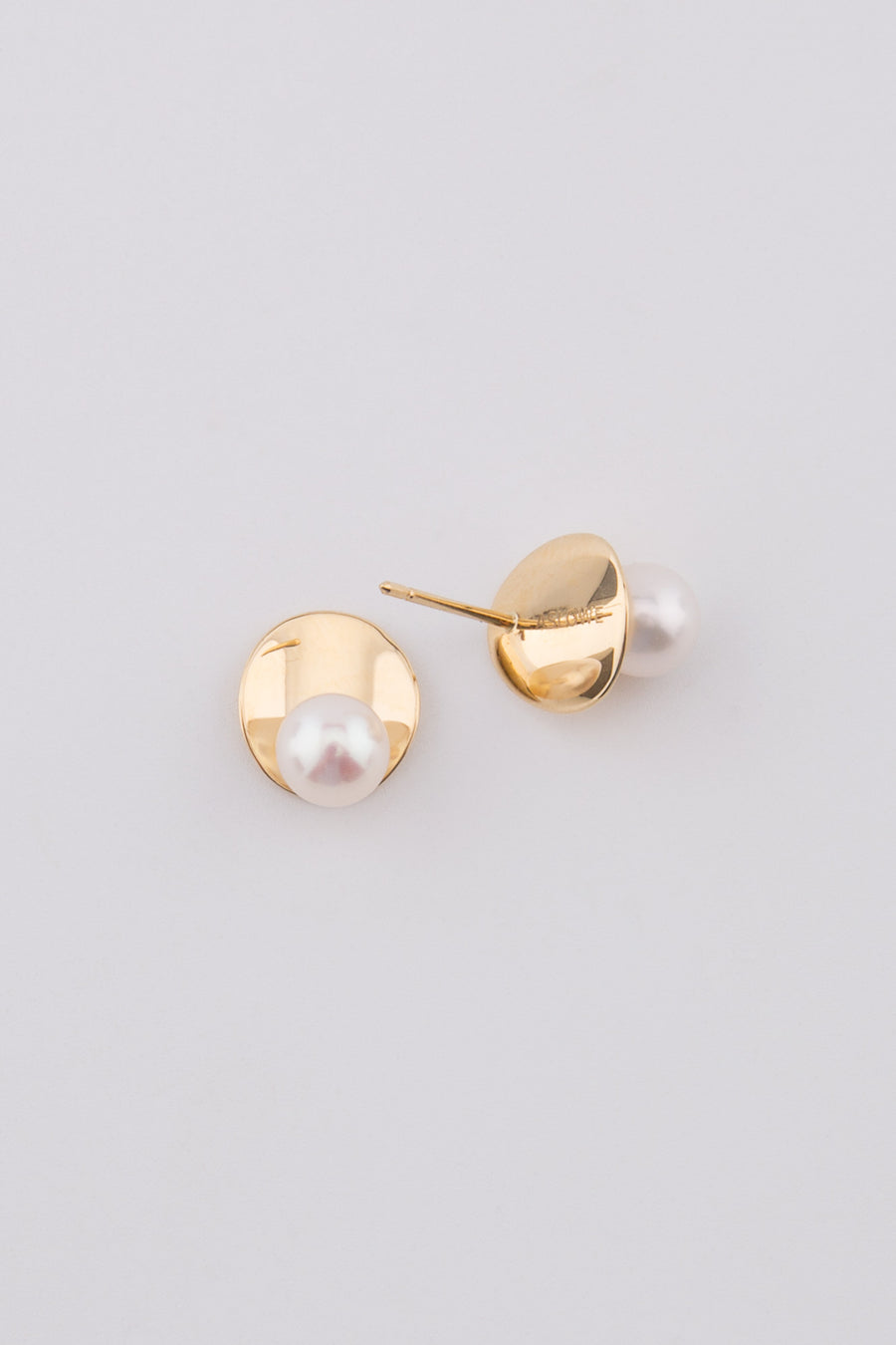 Candice 18K Gold white fresh water pearl earring 18k,y, 6-6.5mm
