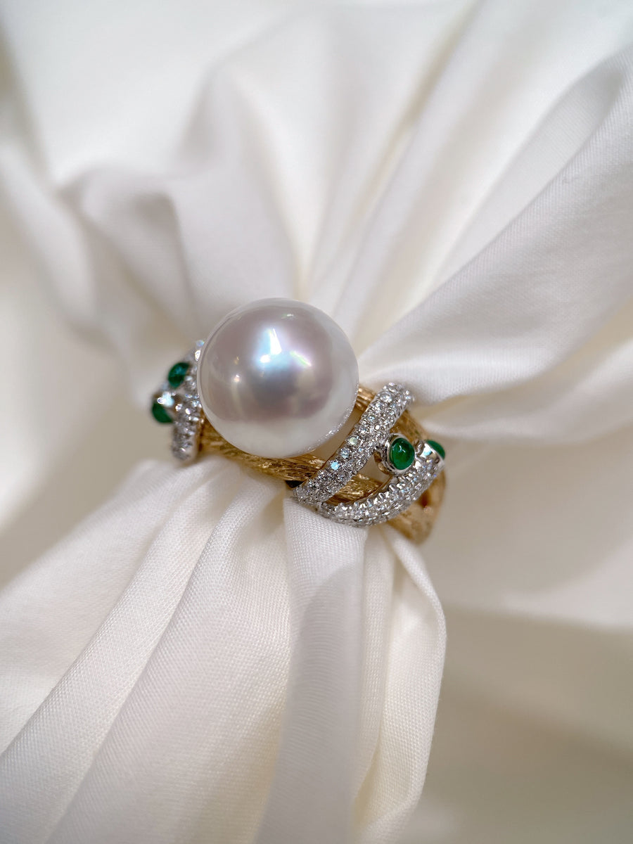 White South Sea Pearl Ring with Diamond and Emerald in 18k White and Yellow Gold 18k,10.5-11mm,d0.41ct