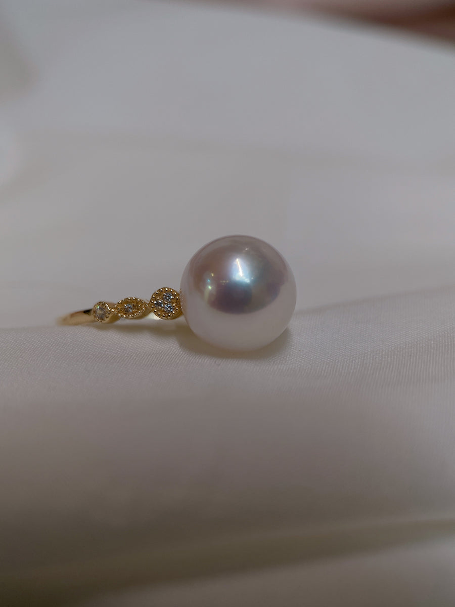 Freshwater Pearl Ring in 18K Yellow Gold