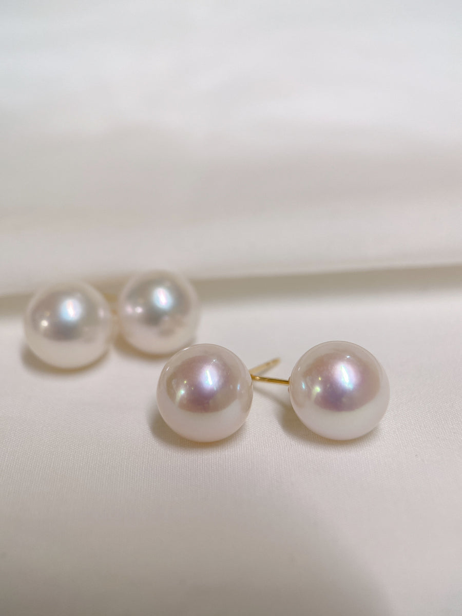Freshwater Pearl Stud Earring in 18k Yellow Gold