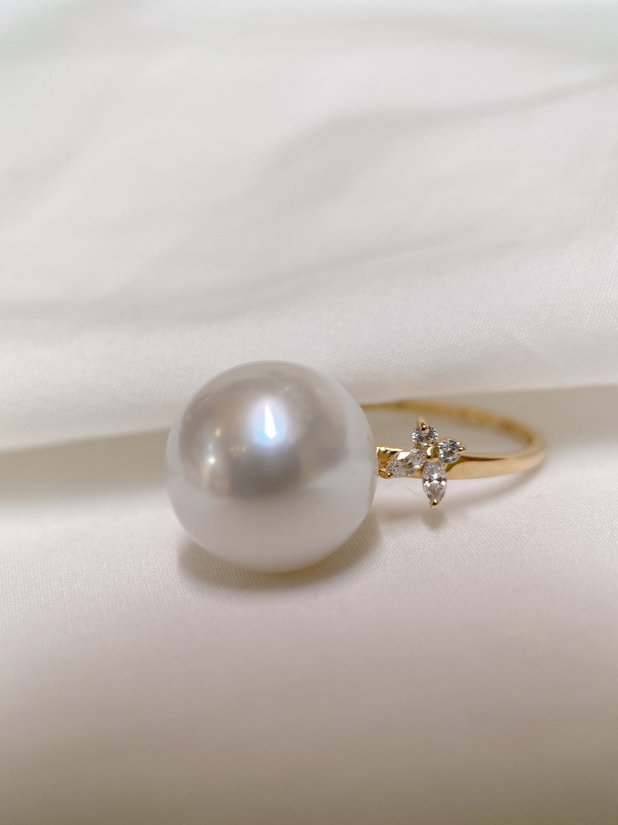 Freshwater Pearl Ring in 18K Yellow Gold 12-13mm
