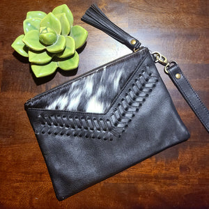 The Elvira Wristlet- Black 4