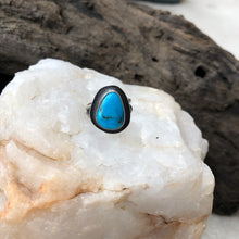 Load image into Gallery viewer, Turquoise Statement Ring - Size 7.5