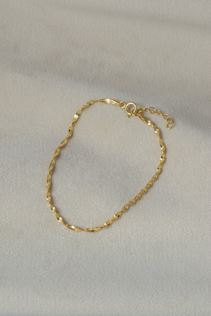 Josie Bracelet Gold on silk