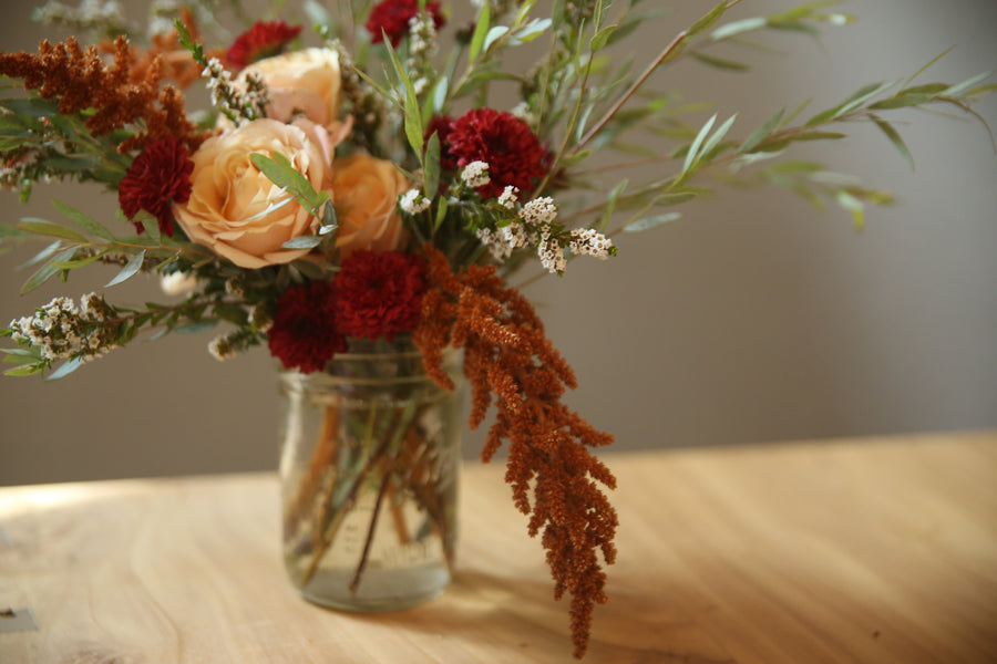 DIY Seasonal Flower Arrangement | Flower Party - Heroine Flowers