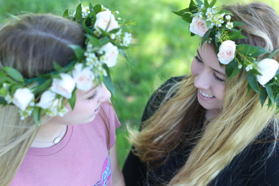 DIY Flower Crown | Mother's Day Flower Party - Heroine Flowers