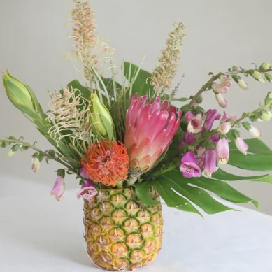 Tropical Pineapple Vase | Flower Fête - Heroine Flowers