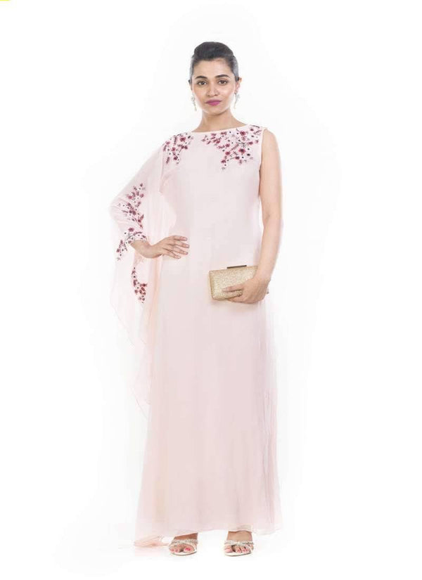 Incredible Pink Color Georgette Fabric Gown
