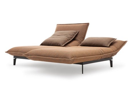 NOVA SOFA - Divine Design Center