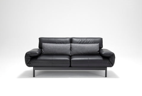 PLURA SOFA - Divine Design Center