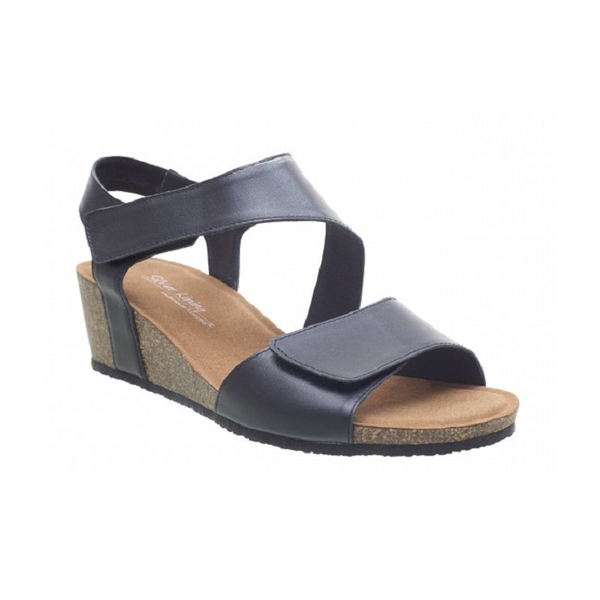 7a8d5b804f Klouds Silver Lining Kyra Wedge ...